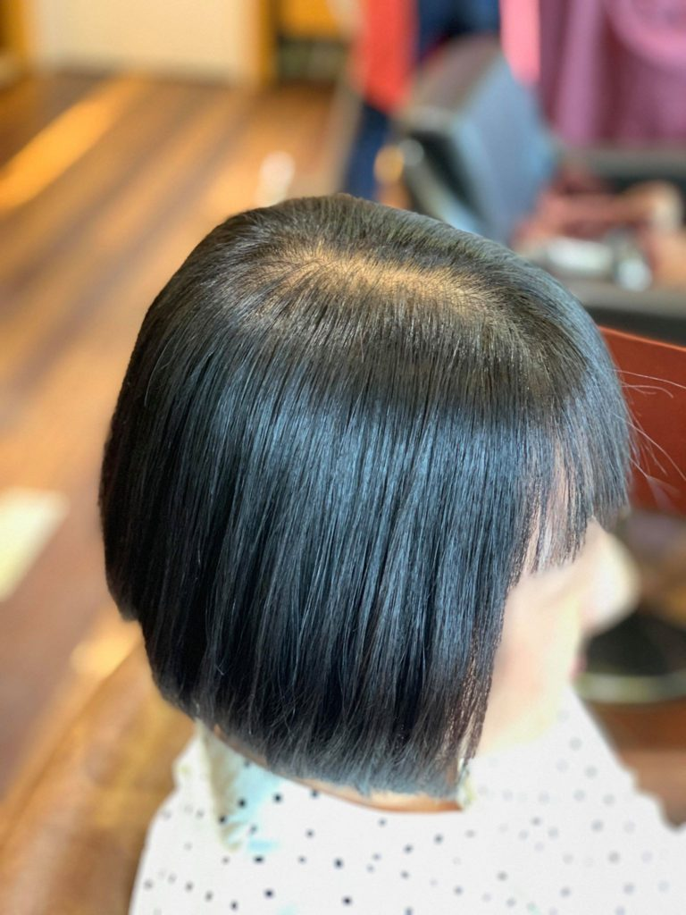【津市・縮毛矯正・ストレート】ショートボブのエイジング毛に自然で馴染む酸性矯正を施術【三重・美容院】